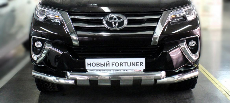 Пример защиты переднего бампера для TOYOTA FORTUNER